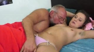 Sex Hot 18 Yrs Old Girl With Hairy Armpits Fucked By Old Grandpa & BJ