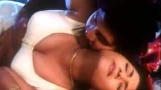 Hottest South Indian Porn Queen Mallu Aunty Maria First Night Sex Videos
